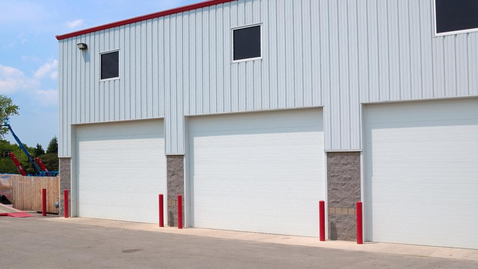 C.H.I. Commercial Micro-grooved Polyurethane Sandwich 3212 & United Garage Doors - Columbus